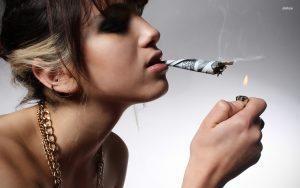Stoppen met roken kost geld